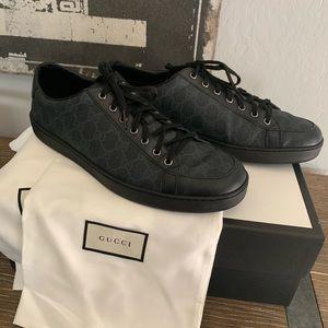 Gucci men's low top GG print sneakers 11G 12 US